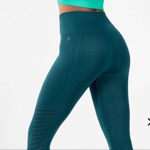 Fabletics fjord high rise waist w/ mesh small
